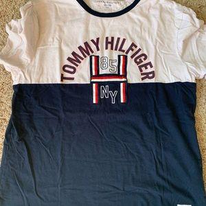 Tommy Hilfiger T-shirt never worn